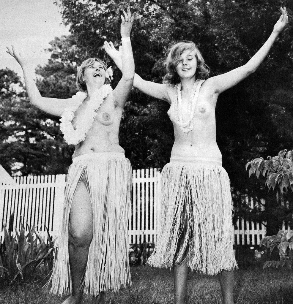 Words... super, Naked hula dance very grateful