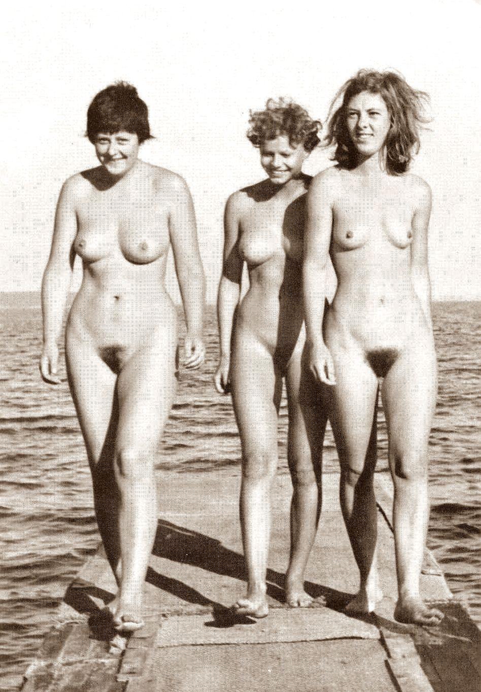 Angelina Gole Naked 105