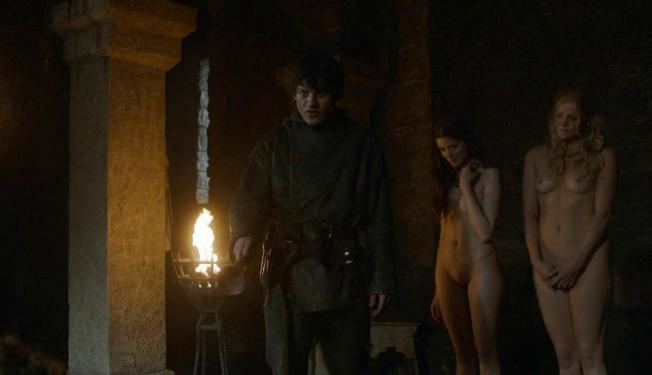 charlotte-hope-stephanie-blacker-nude-together-on-game-of-thrones-7111-27