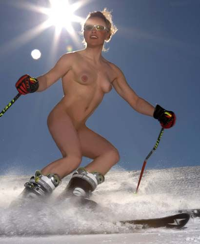 NAKED SKI INSTRUCTOR CALENDER © EuroPics[CEN] Twenty-four hunky male and sultry female instructors braved the Alpine cold over 6,000 feet above sea level in Austria's stunning Arlberg region to strip to down to nothing more than their birthday suit and some strategically placed skis for the 'SkiInstructors Calender'. -- europics@cen.at -- +4318121287 --