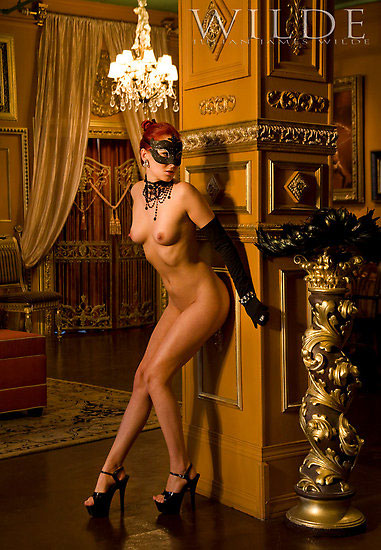 redbubble_julian_wilde_venetian_glamour_nude