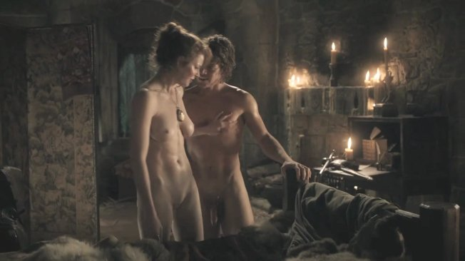 alfie-allen-game-of-thrones-nude-sex-04