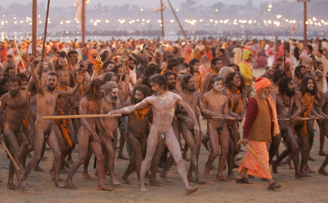 Naga-sadhu-bathing-in-Ganges-River