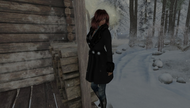 ella-dressed-snow7_001b