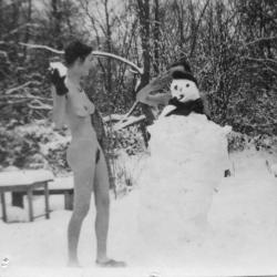 fun-in-the-snow-1947