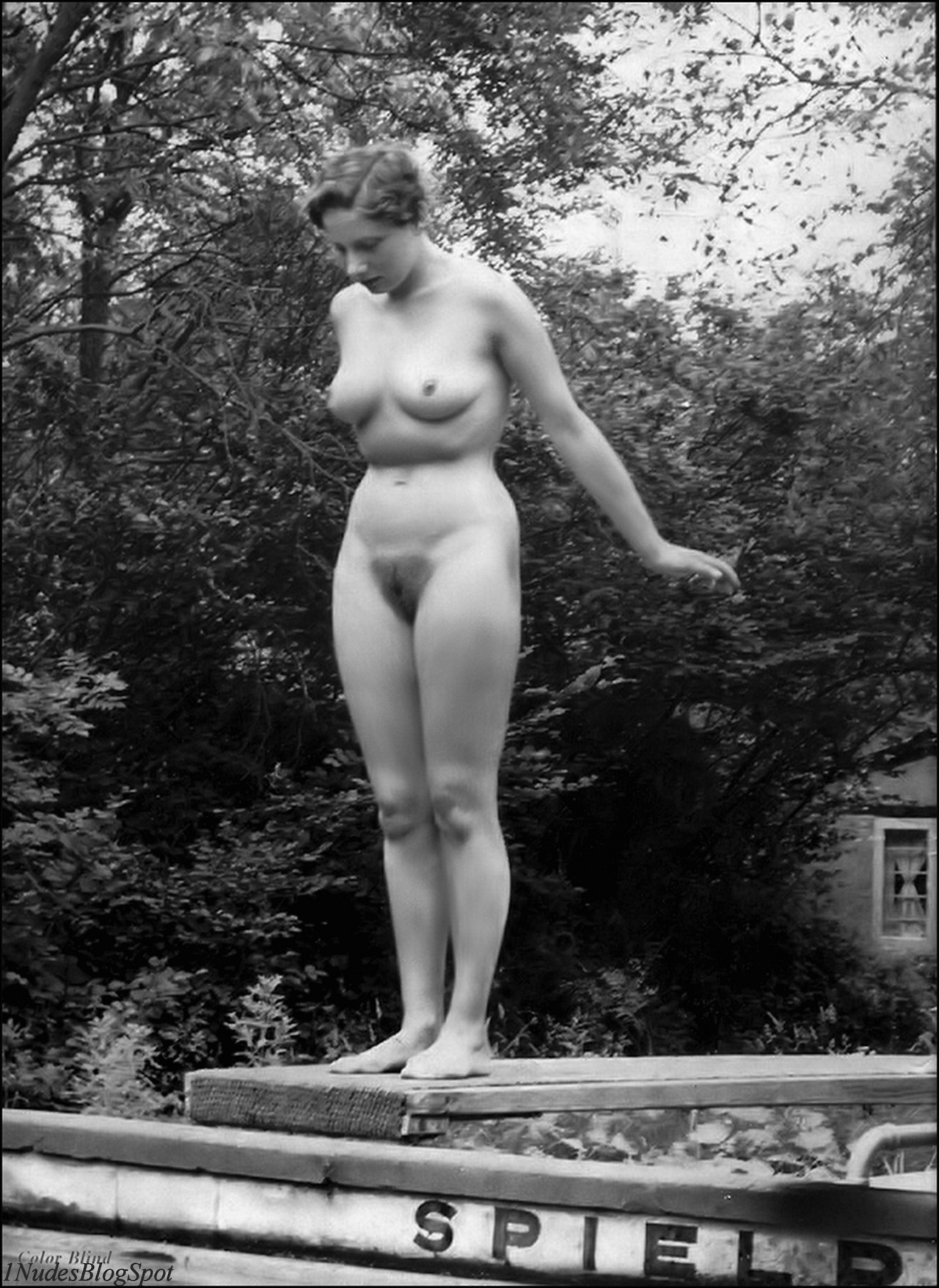 vintage nudist young I think we all like vintage images, and vintage naturism is no different.  You seem to enjoy vintage naturism too, judging from the topics searched  for on ...
